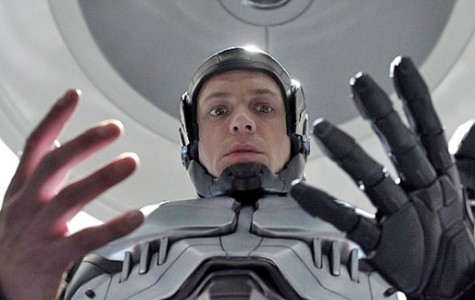 Joel Kinnamen stars in Robocop, a 2014 reboot of the 1987 cult favorite. Image from www.filmforlife.com