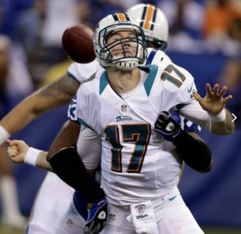 Miami Dolphins playing against the New York Giants. Photo courtesy of Aska Tucker/Flickr