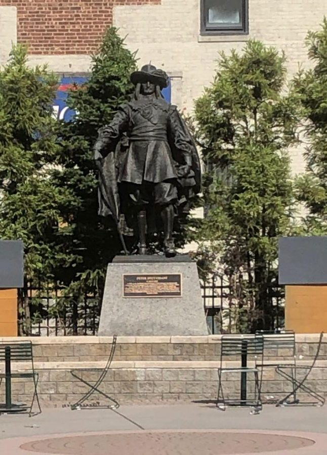 Statue of Peter Stuyvesant located in Jersey City, NJ. Photo by Sandra Mendez.