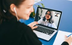 How a student should dress on zoom. Photo by Anna Shvets/Pexels